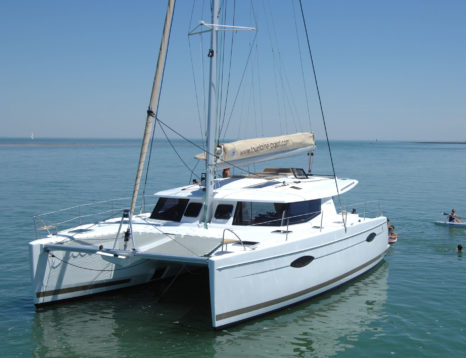Location catamaran Fountaine Pajot Helia 44